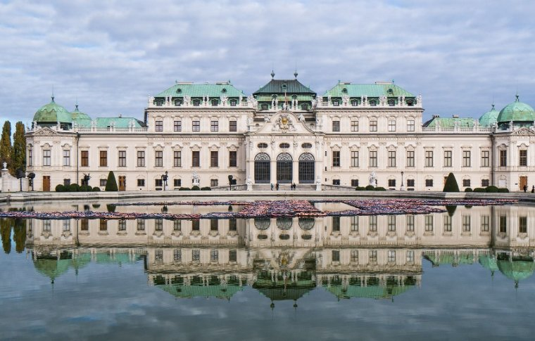 View of Belvedere Palace and lake.