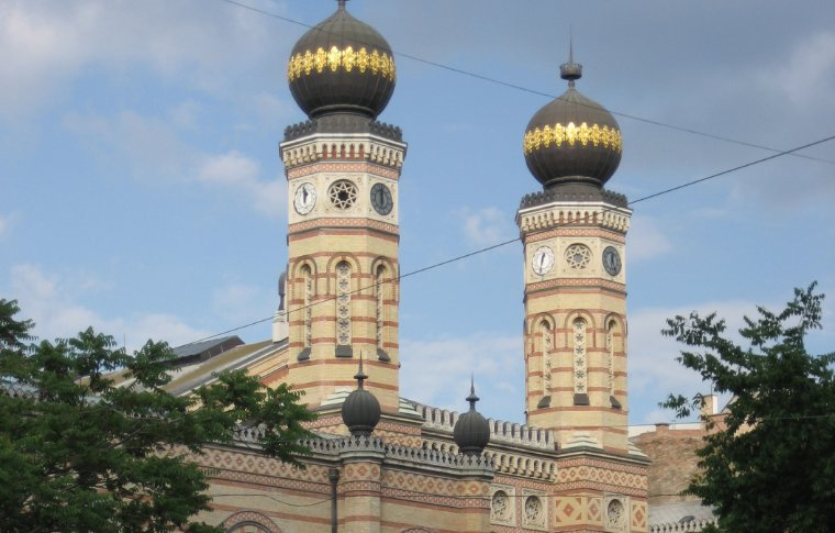 The tower of the Dohány Street Synagogue.