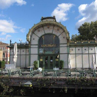 Karlsplatz Pavilion, an old railway station.